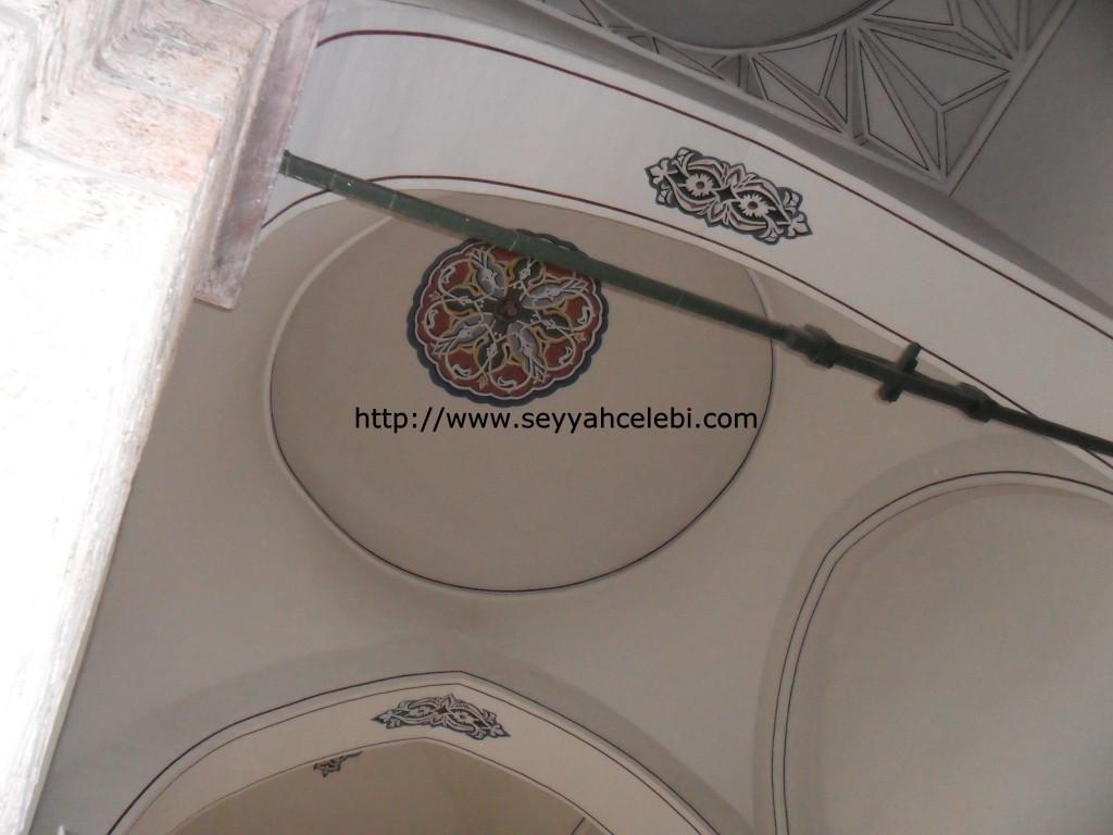 Gazi Orhan Cami Dış İç Süslemeleri