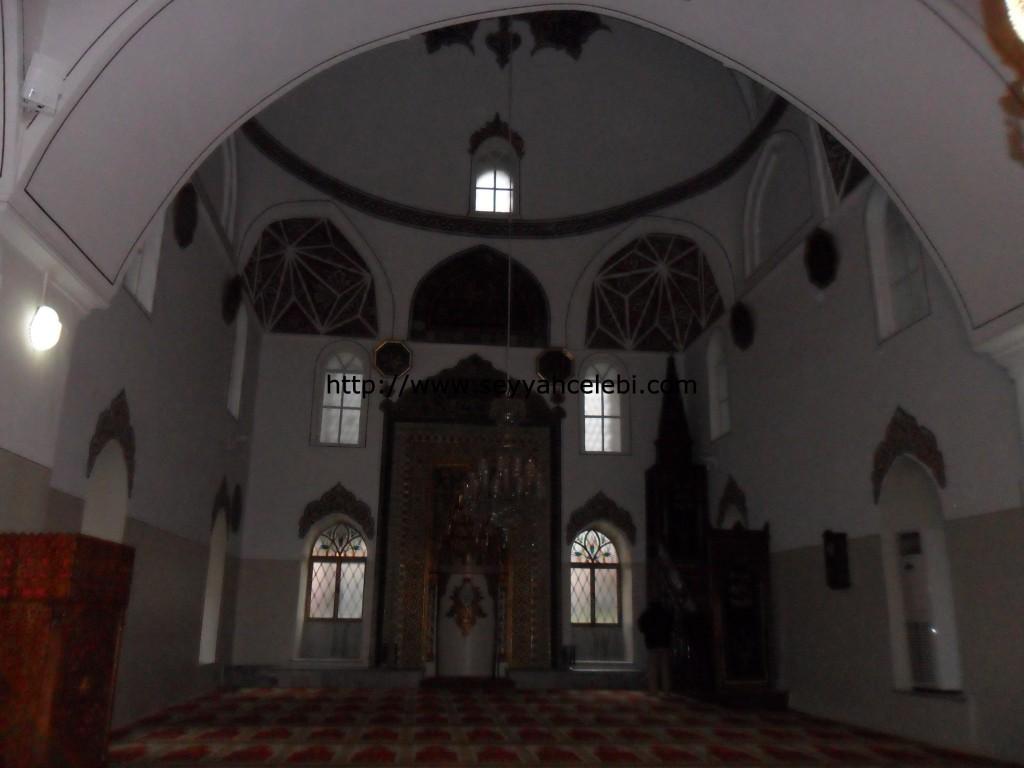 Gazi Orhan Cami Minber