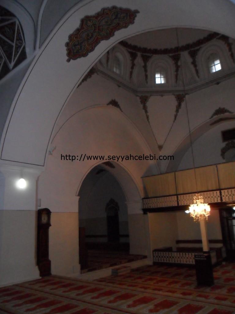 Gazi Orhan Cami Sağ İç Kısım