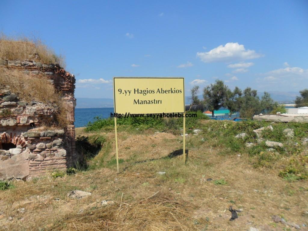 Hagios Aberkios Manastırı