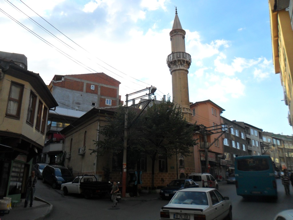 Şible Cami Yandan