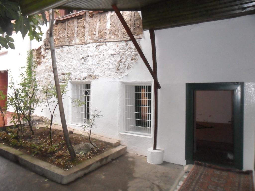 Somuncu Baba Evi Giriş Kapısı