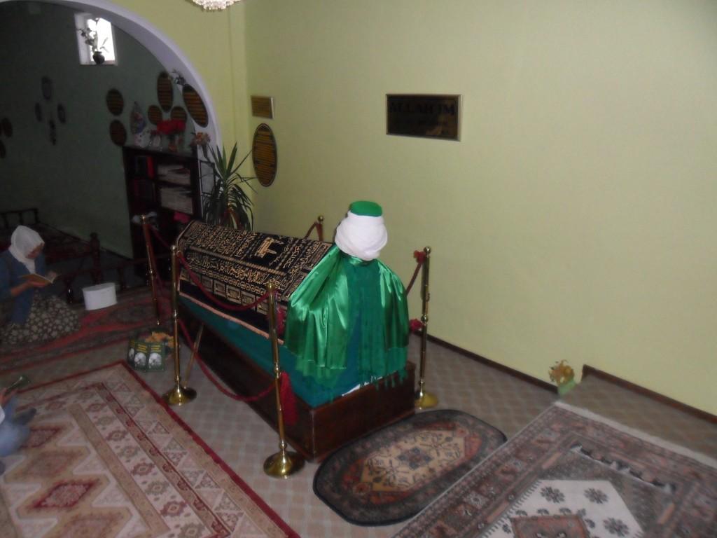 Tezveren Sultan Dede