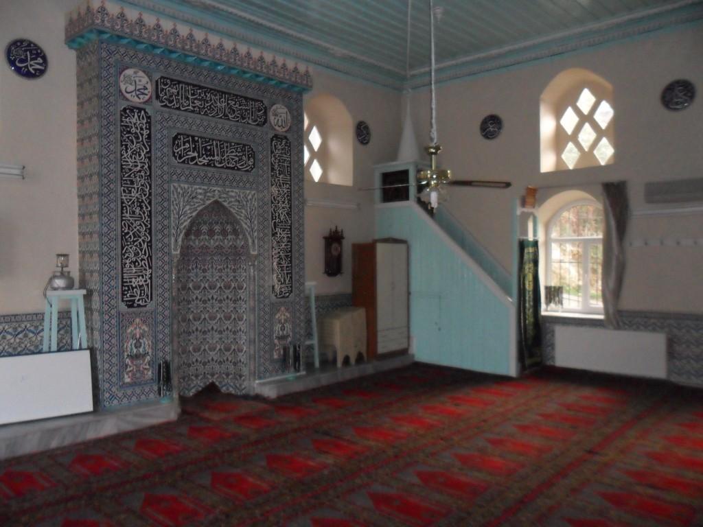 Üç Kuzular Cami Mihrap ve Minber