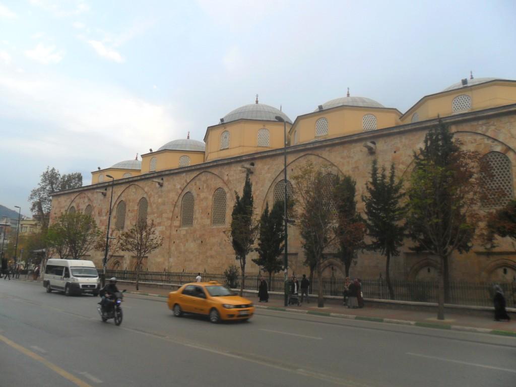 Bursa Ulu Cami Yakın Önden Çekim