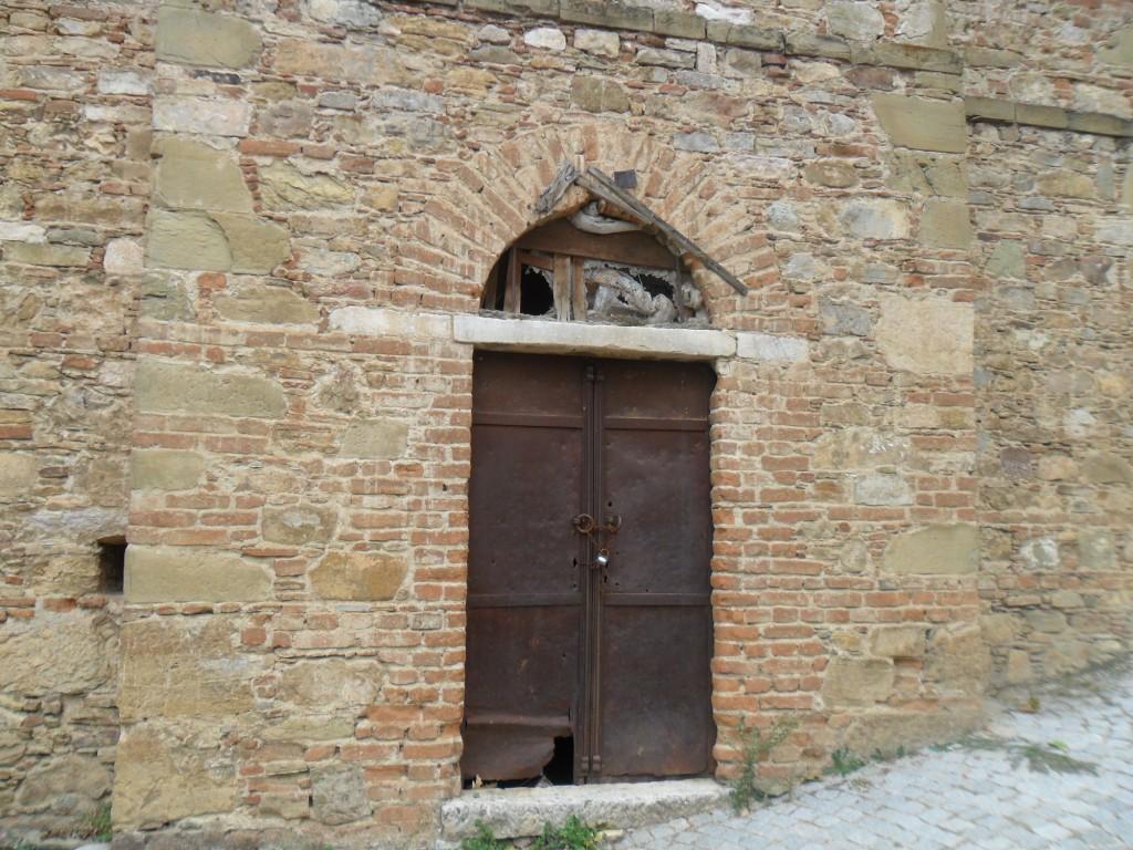 Dündar Evi Kilisesi Yan Kapı