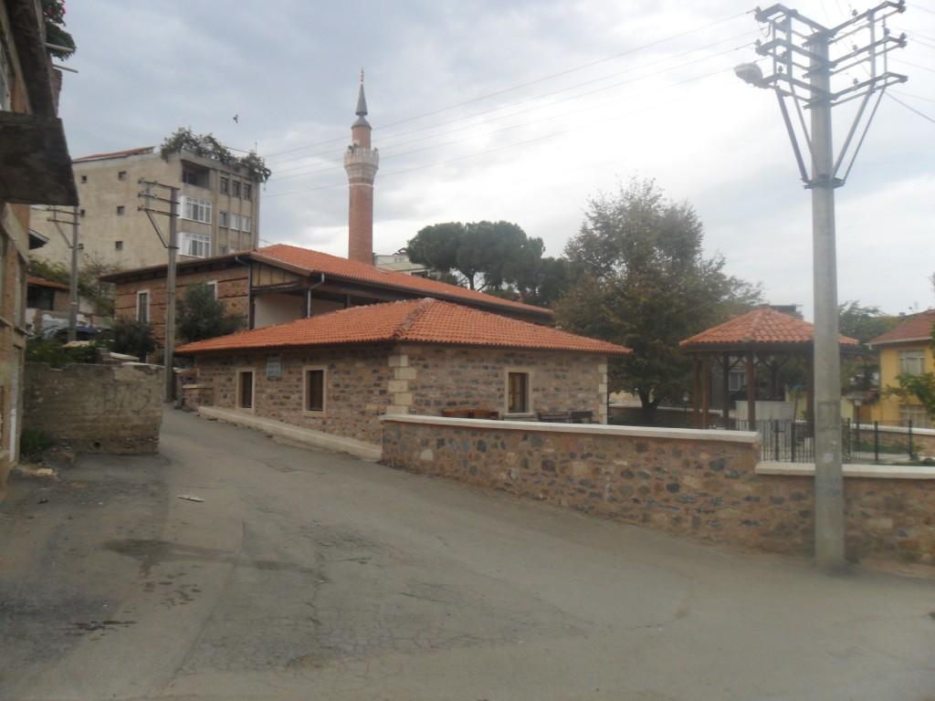 Hasan Bey Türbesi