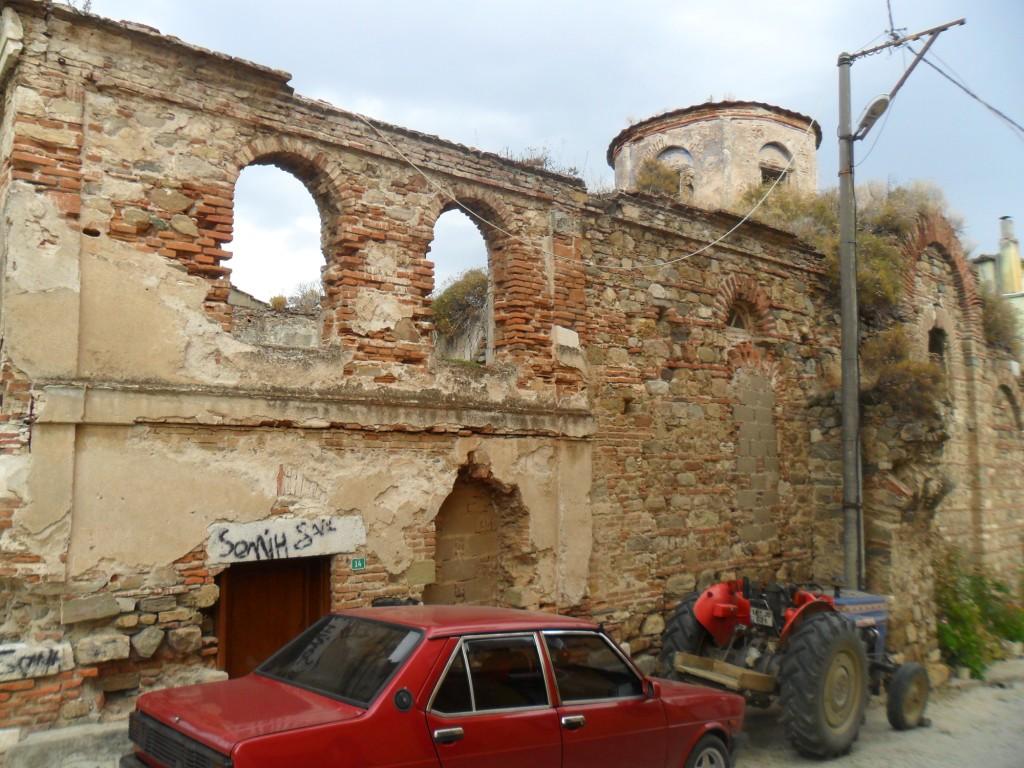Kemerli Kilise Çapraz