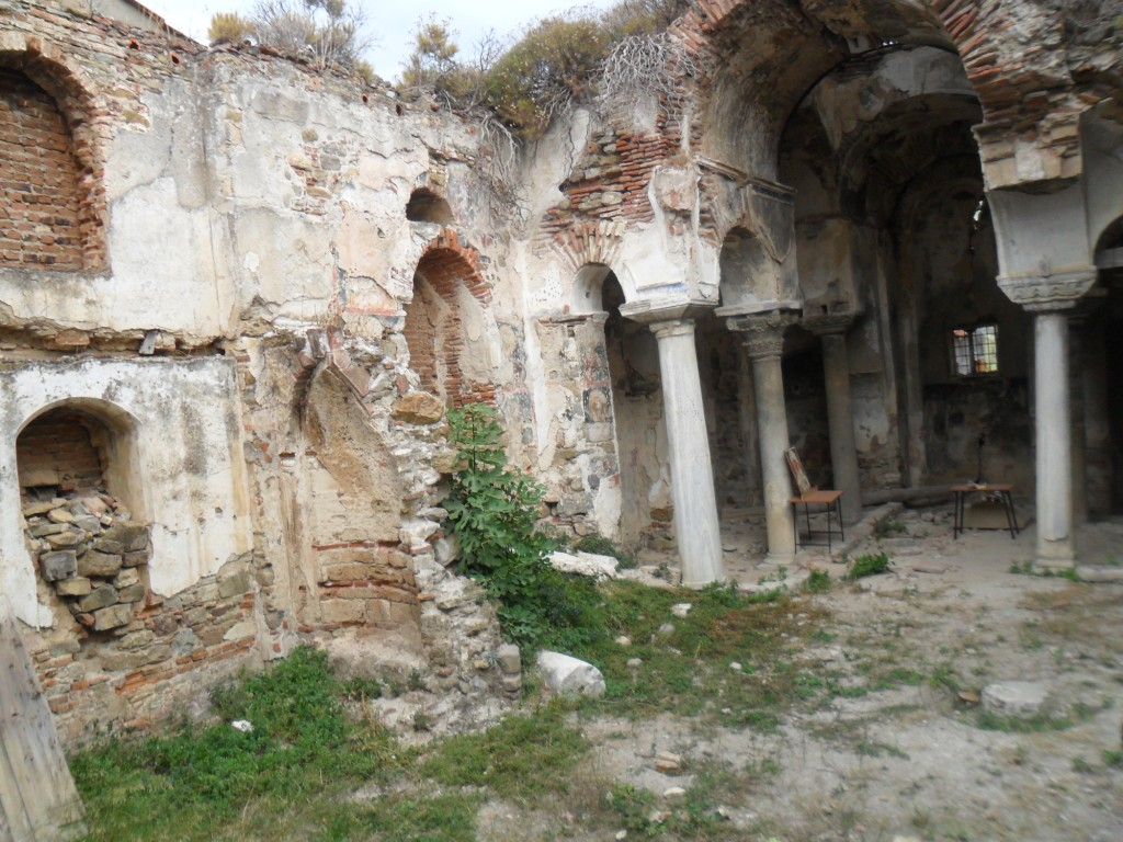 Kemerli Kilise Duvar Resimleri
