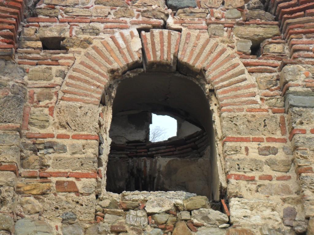 Kemerli Kilise Pencere Kemerleri