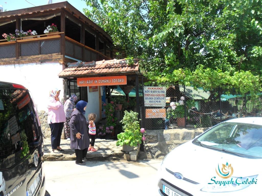 Cumalıkızık Köyü Girişindeki Hacı Arif Osmanlı Sofrası