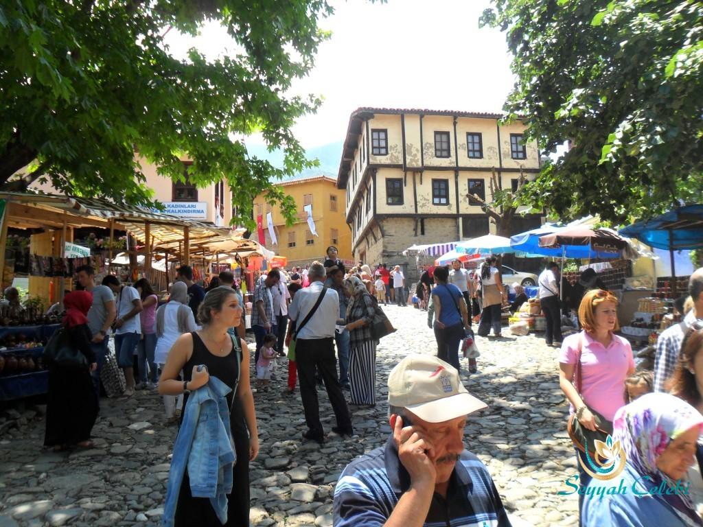 Cumalıkızık Köyü Meydanı