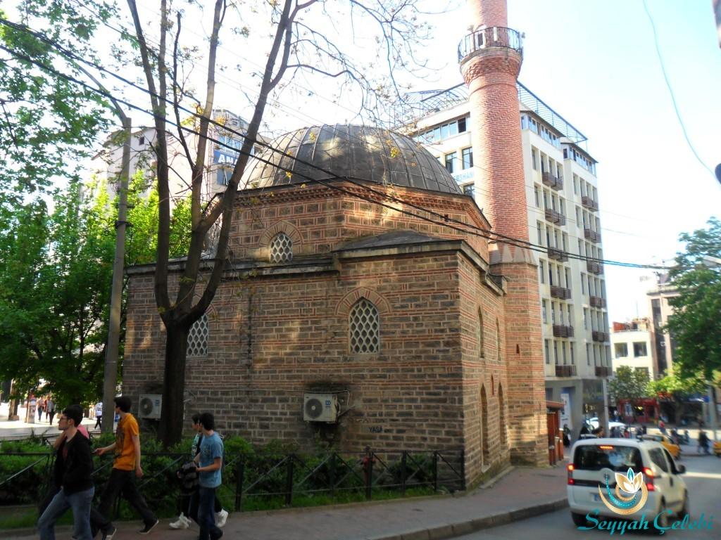 Karaşeyh Cami Arkadan