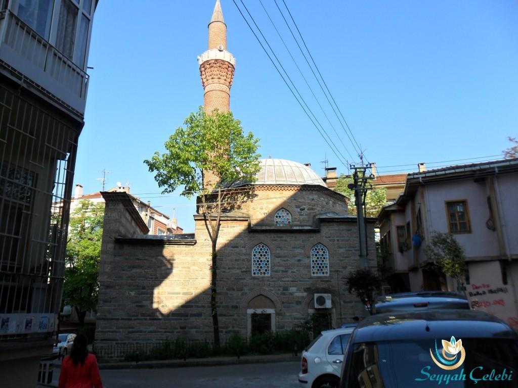 Nalbantoğlu Cami Yandan