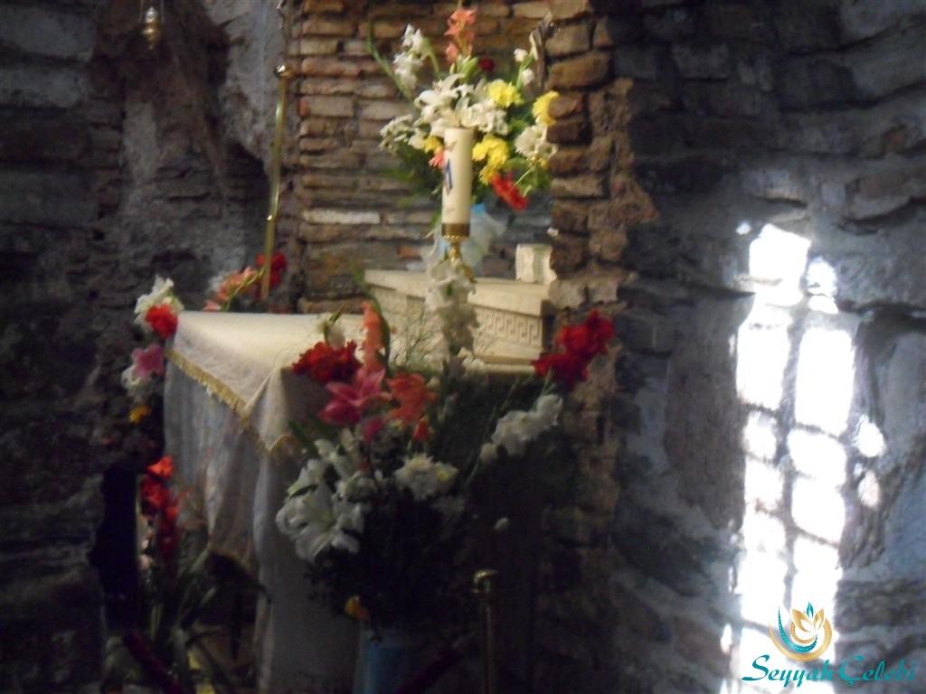 Meryem Ana Evi Çiçekler