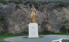 Meryem-Ana-Evi-Heykeli
