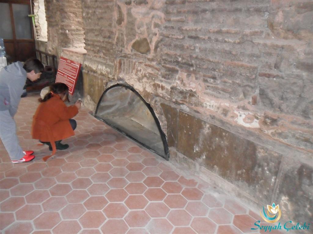 İznik Ayasofya Orhan Camii Freskli Mezar Resmi