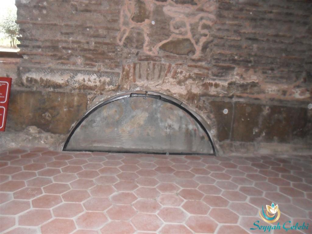 İznik Ayasofya Orhan Camii Freskli Mezar