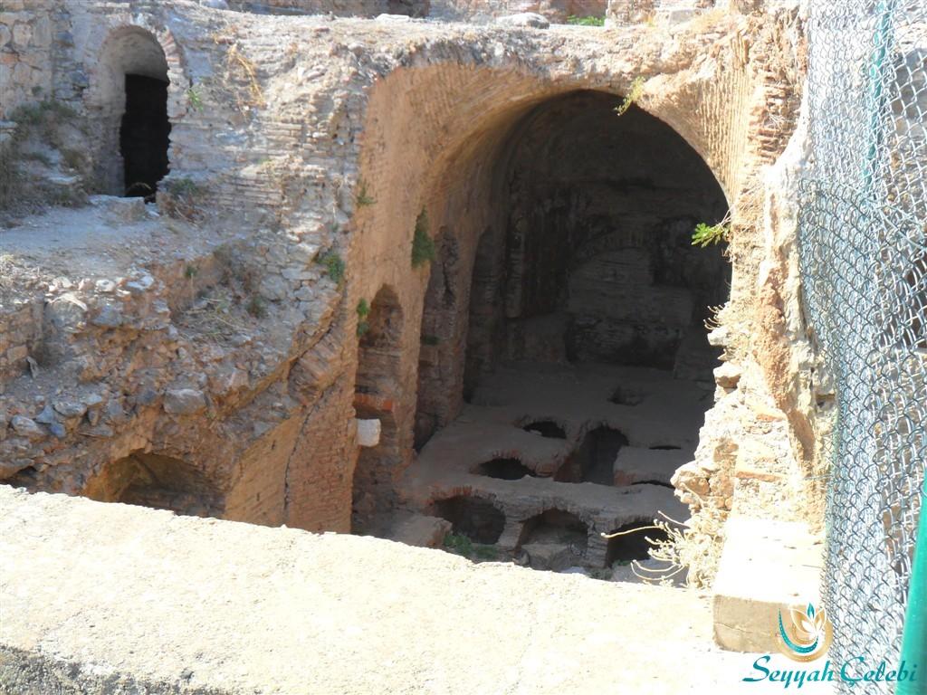 Selçuk Yedi Uyurlar Uyuyanlar Mağarası