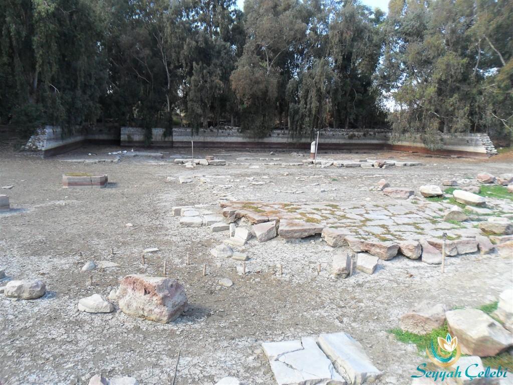 Artemis Tapınağı Bahçesi