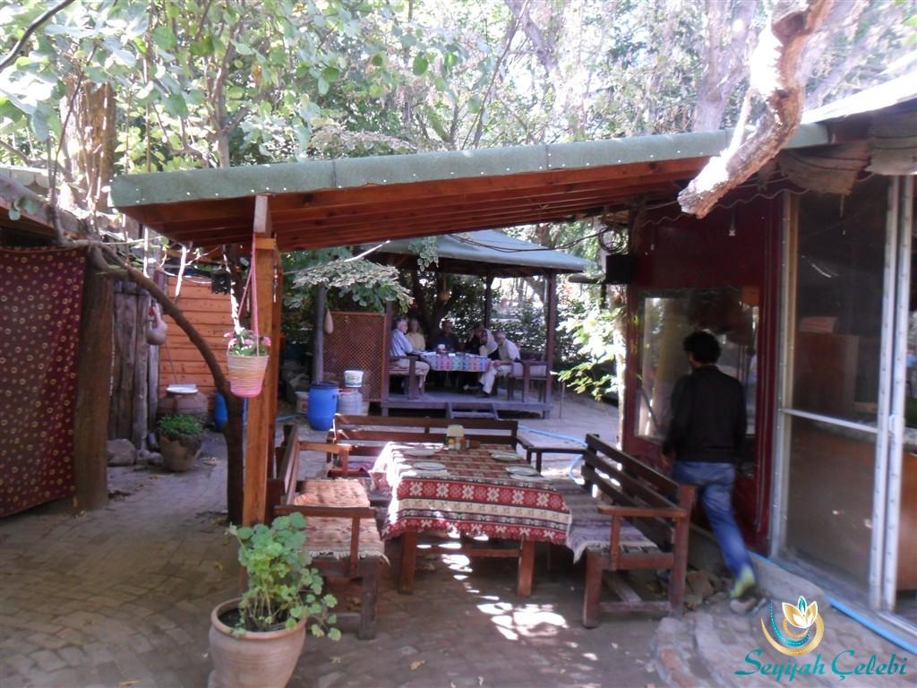 Yavuz'un Yeri Gözleme Merkezi Bahçesi