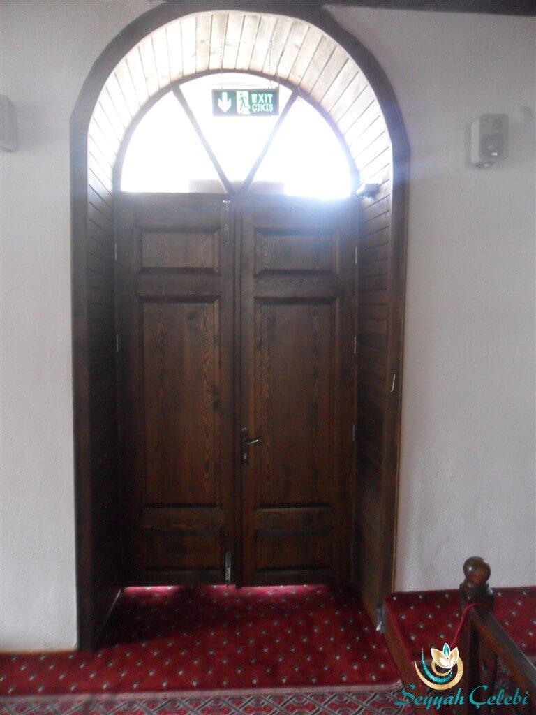 Babasultan Cami Giriş Kapısı