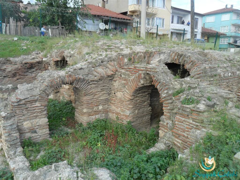 Antik Roma Tiyatrosu Kalıntıları İznik