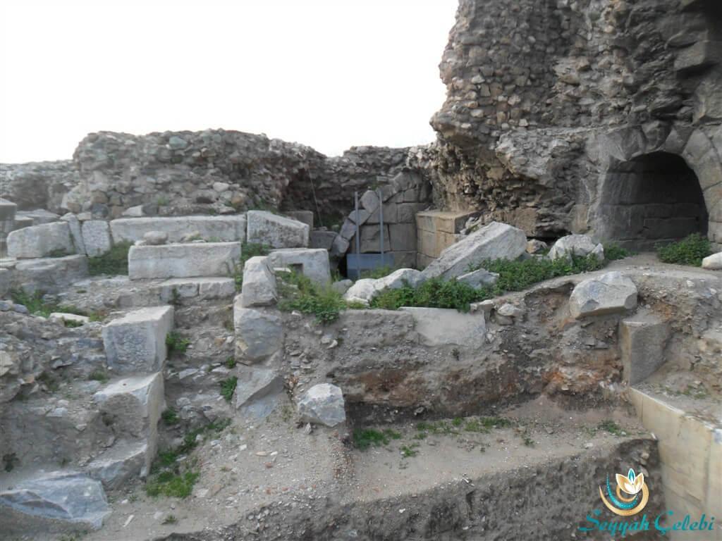 İznik Antik Tiyatro Taşları