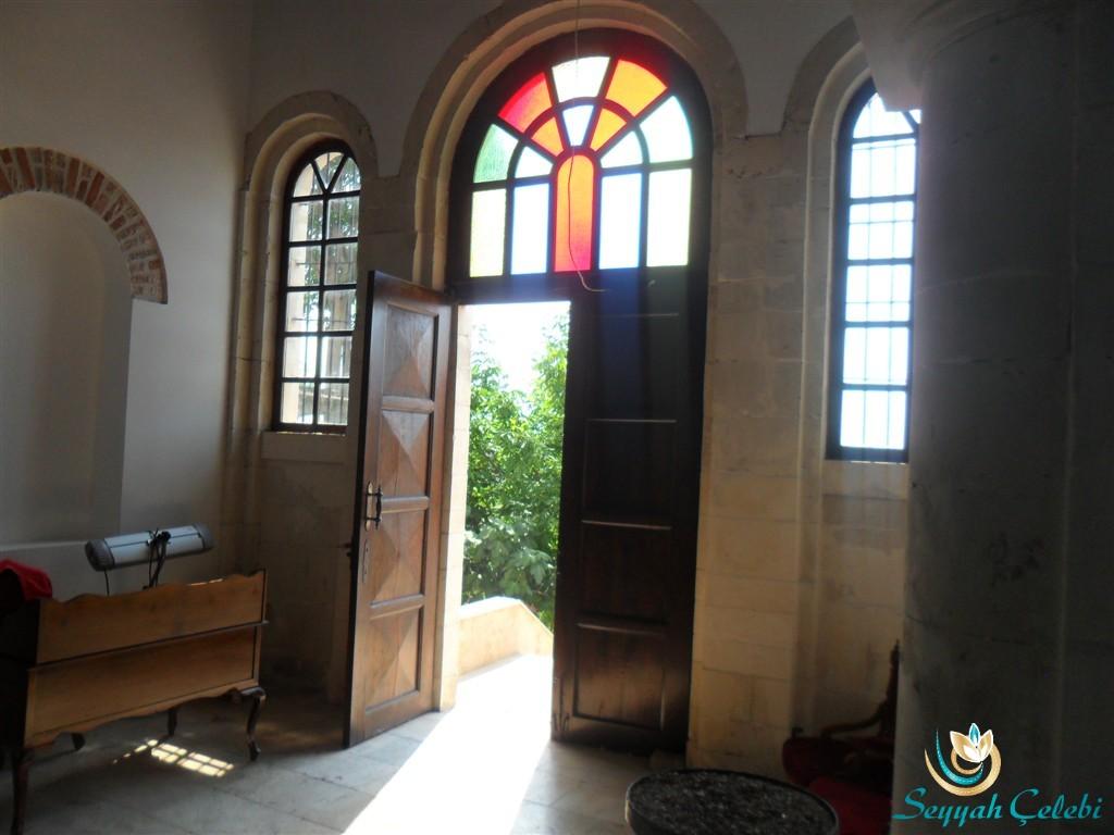 Gölyazı Aziz Panteleimon Kilisesi Giriş Kapısı