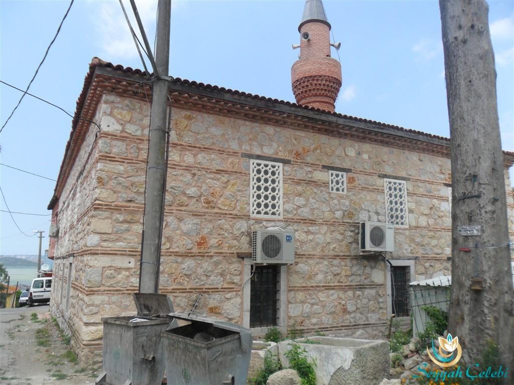 Gölyazı Tarihi Cami