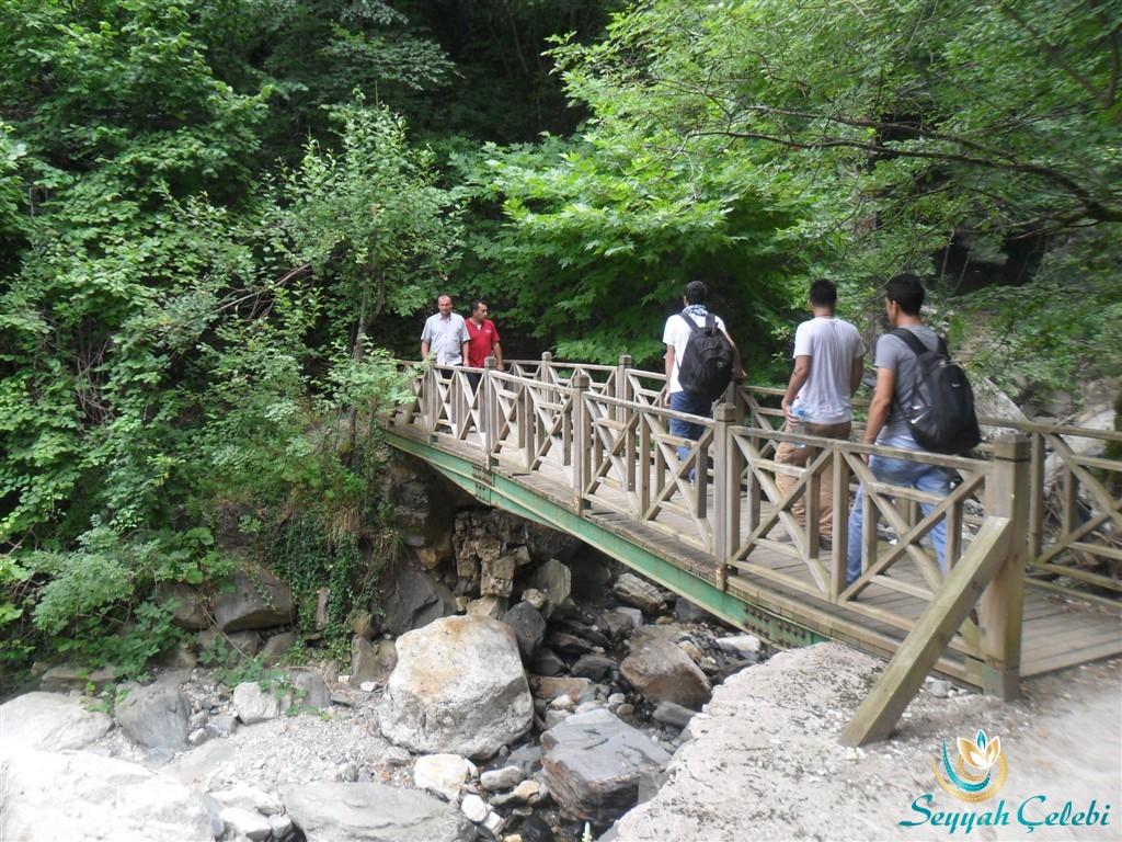 Kürekli Şelalesi Üçüncü Köprü
